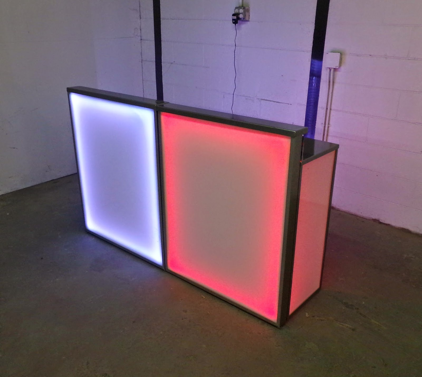Barchefs Light Up Portable Bar And Valet Table