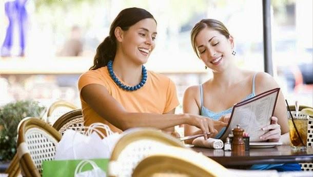 Formatação do cardápio afeta o quanto você gasta num restaurante