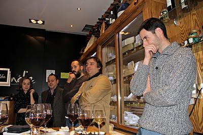 Queseros artesanos en Los Quesos de L´Amélie. Blog Esteban Capdevila