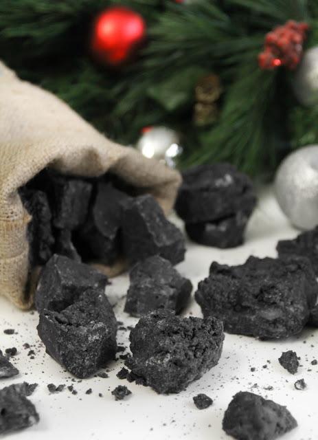 Christmas Coal Candy  Sprinkle Bakes