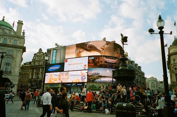 Trafalgar Square Piccadilly Circus