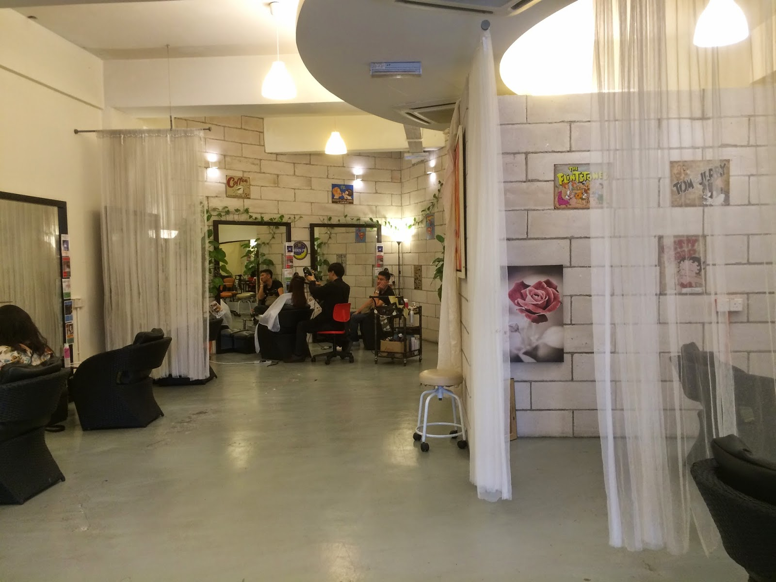 Sara wanderlust co2 spa treatment at daisuke salon de for Salon de coiffure sexy