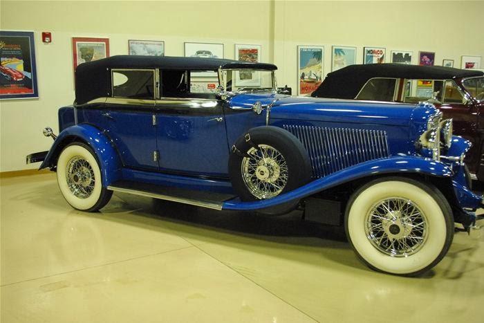 1932 Auburn Custom 12