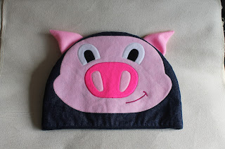 Pig Tea Cosy