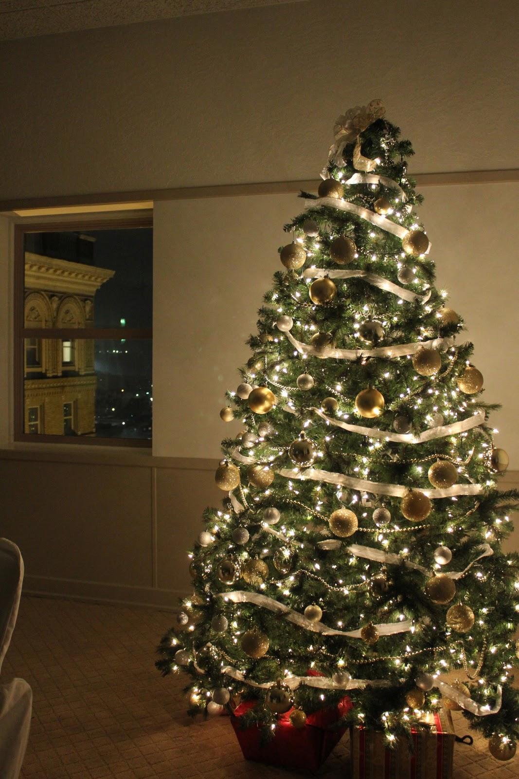 Ben Lomond Suites Ogden\'s Historic Hotel: Views of Ogden\'s Christmas ...