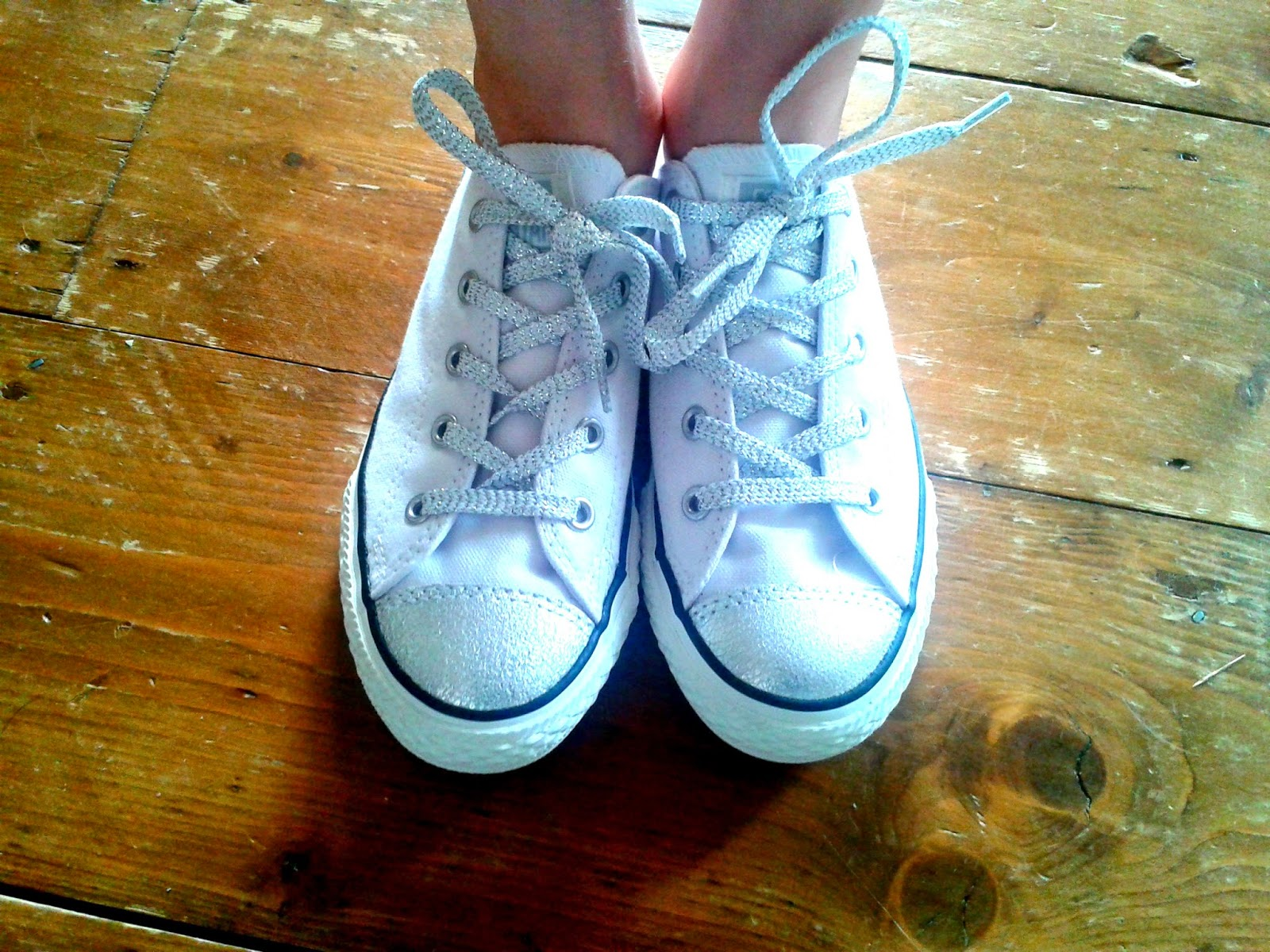 Project 365 day 201 - Converse for the bridesmaid // 76sunflowers