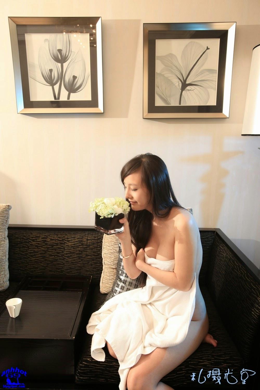 gan-lu-lu-naked_IMG_0468