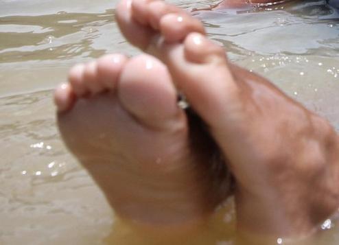 Dikejutkan, Mayat Tanpa Busana Ngambang di Muara Sungai Serdang