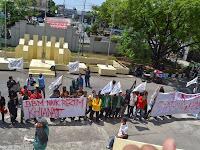 LKM HTI Sulselbar Gelar Aksi Protes Atas Kenaikan Harga BBM di Gedung DPRD Sulsel