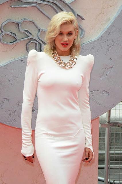 Ashley Roberts Photos In Stylish Dress