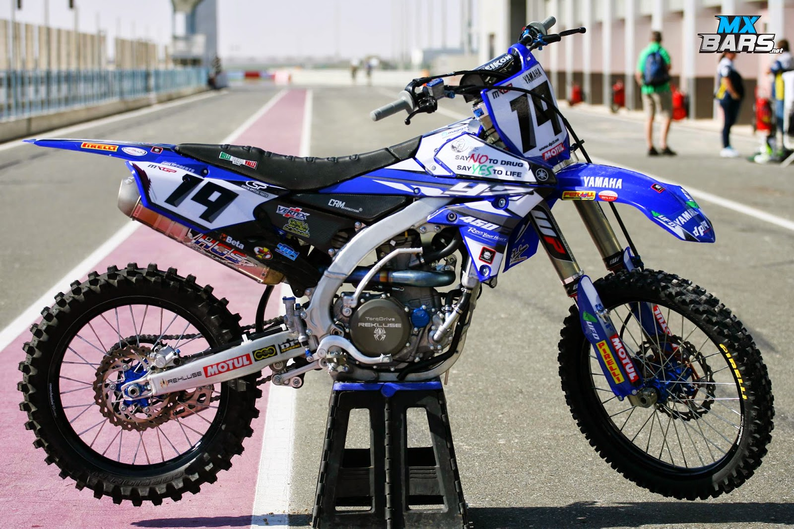 Racing caf yamaha yz 450f team dp19 racing yamaha 2015 for Yamaha racing team