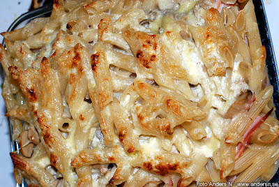 pasta capri, ugnsbakad pasta, penne rigate, skinka, ost, svamp, foto anders n