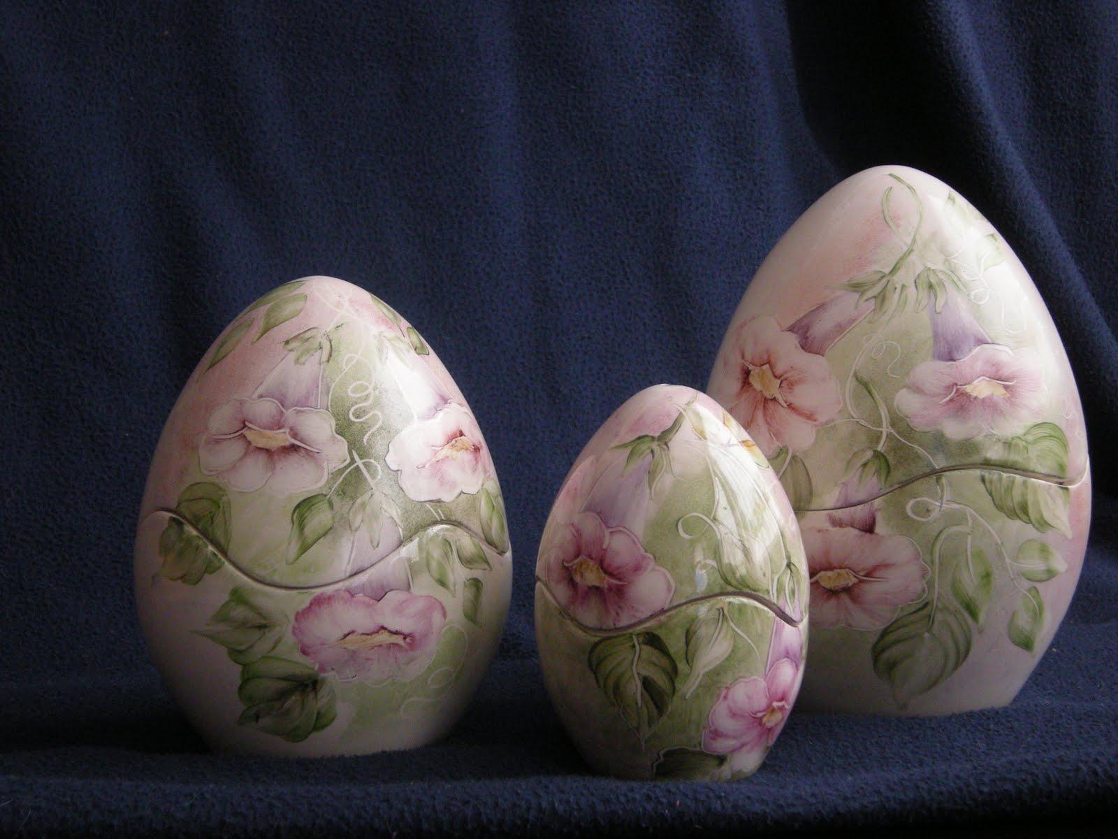 Il mondo di dea uova in porcellana dipinte a mano - Uova di pasqua decorati a mano ...