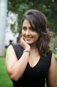 Madhu Shalini glam pics-thumbnail-8