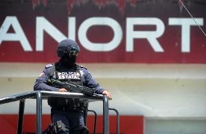 Yunes lanza ultimátum a bancos sobre acuerdo de seguridad