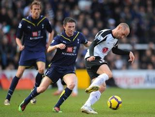 Prediksi Tottenham vs Fulham 13 Mei 2012