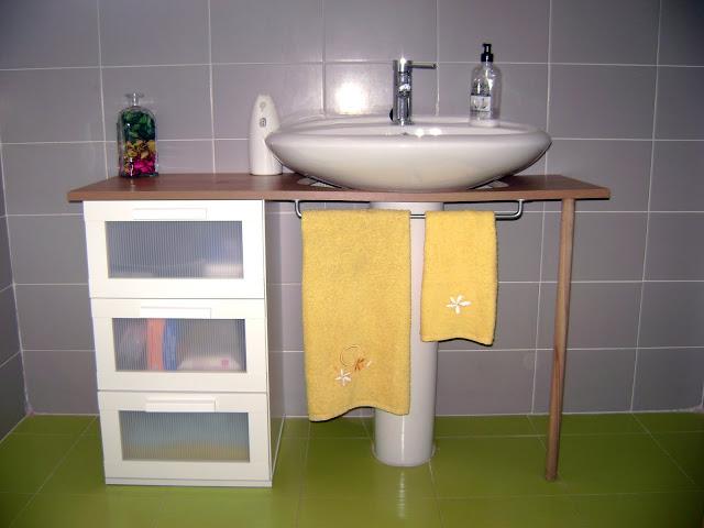 Ikea hack el mueble del ba o de yani for Toalleros bano baratos