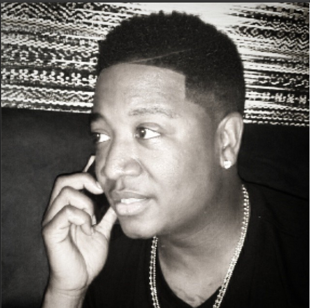 Yung Joc plays clueless when he quot;accidentallyquot; like a male stripper