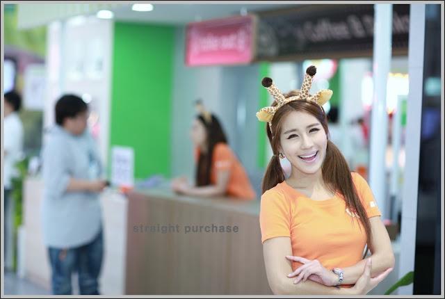 1 Park Si Hyun - World IT Show 2012-very cute asian girl-girlcute4u.blogspot.com
