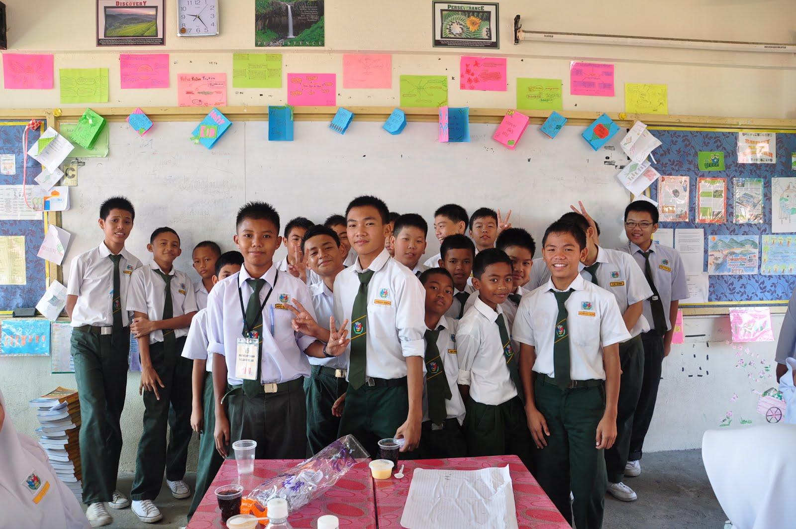 bab 11 modul kependudukan dengan sumber Nama: kelas: guru: 1 bab 1 11 taburan penduduk taburan penduduk dan kepadatan penduduk taburan penduduk -taburan penduduk bermaksud sebaran penduduk di dalam sesuatu ruangan atau kawasan -taburan penduduk di malaysia adalah tidak sekata, terdapat kawasan yang.