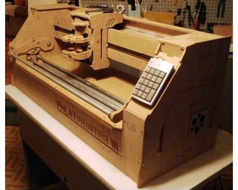 Impresora antigua de madera