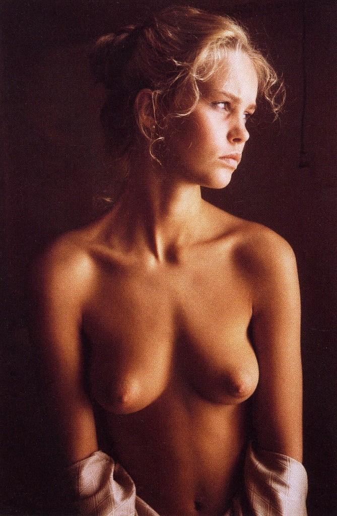 georgie henley desnuda porno