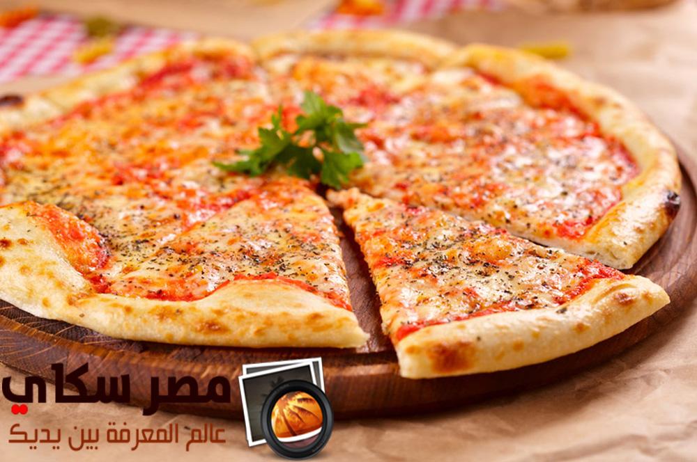 بيتزا مارجريتا وطريقة تحضيرها