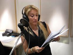 La voz de María Mercedes, rememorando un discurso de Irena, en el Teatro Colón.