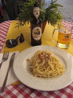 Spaghetti alla Carbonara and a beer.