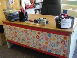 Decorate your Desk!