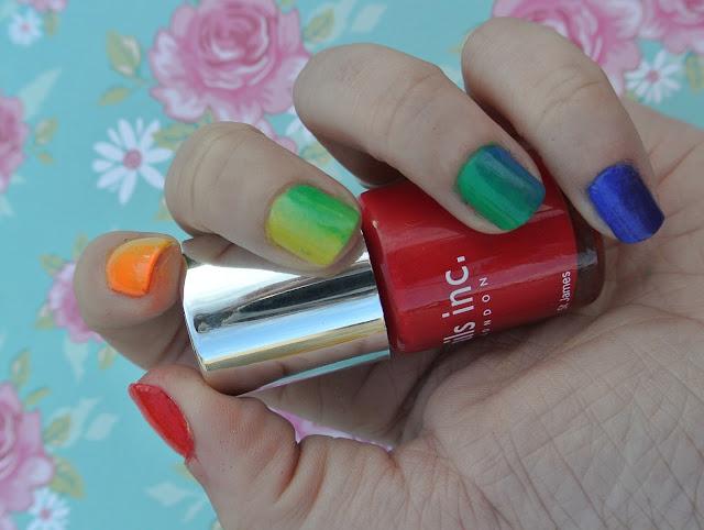 sunday nails rainbow gradient