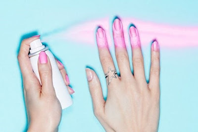 Verniz em spray para unhas secagem rapida