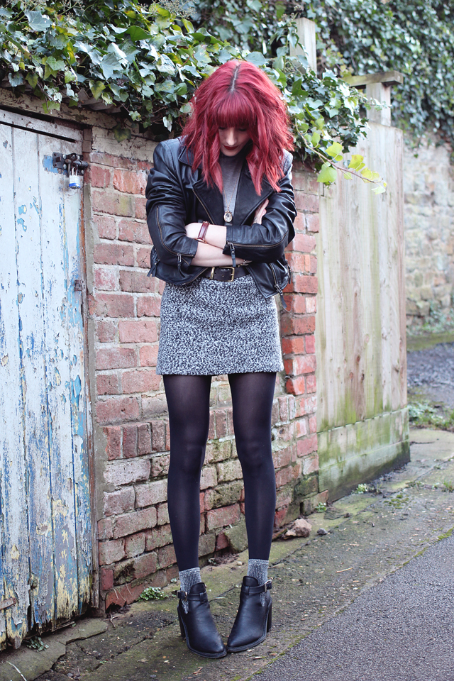 A personal style blog post wearing Olive Clothing, Missguided, ASOS and Topshop.