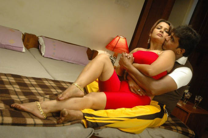 Tamil Hot Movies Bed Scenes
