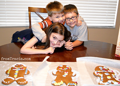 Kids Making Gingerbread Men