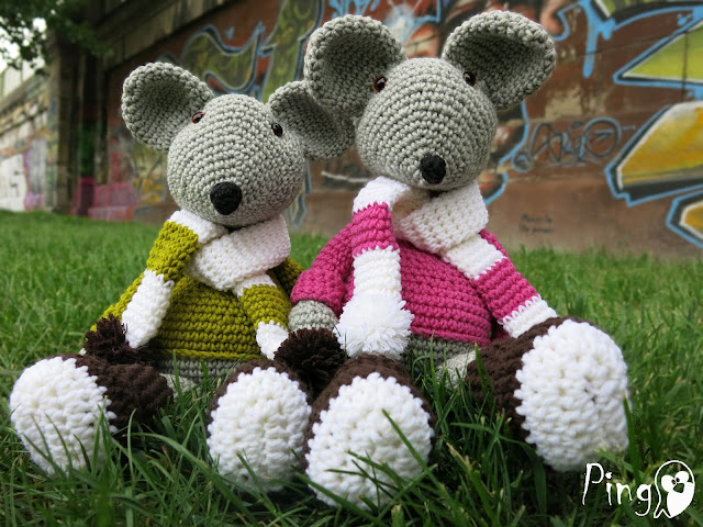 Max and Mary - crochet mouse pattern by Pingo - The Pink Penguin