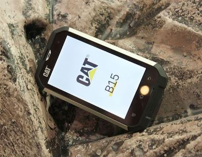 Caterpillar CAT B15, Handphone Jelly Bean Tangguh di Outdoor