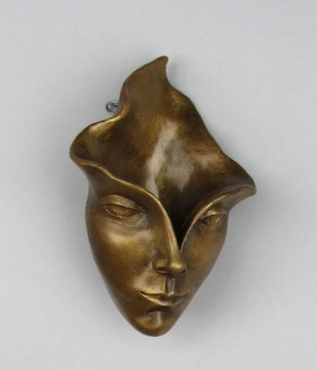 Michael Alfano esculturas de corpos rostos surreais bronze cobre Florescendo