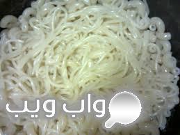 صور أكلات حول العالم -إعداد الكشرى المصرى