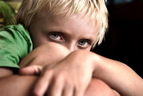 tanda-tanda dan gejala awal penyakit autisme pada anak