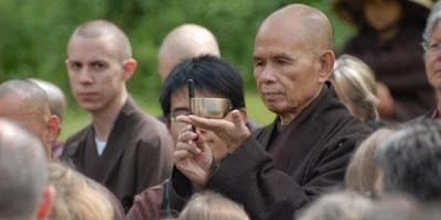 Kutipan Cinta Dari Tokoh Ternama : Thich Nhat Hanh