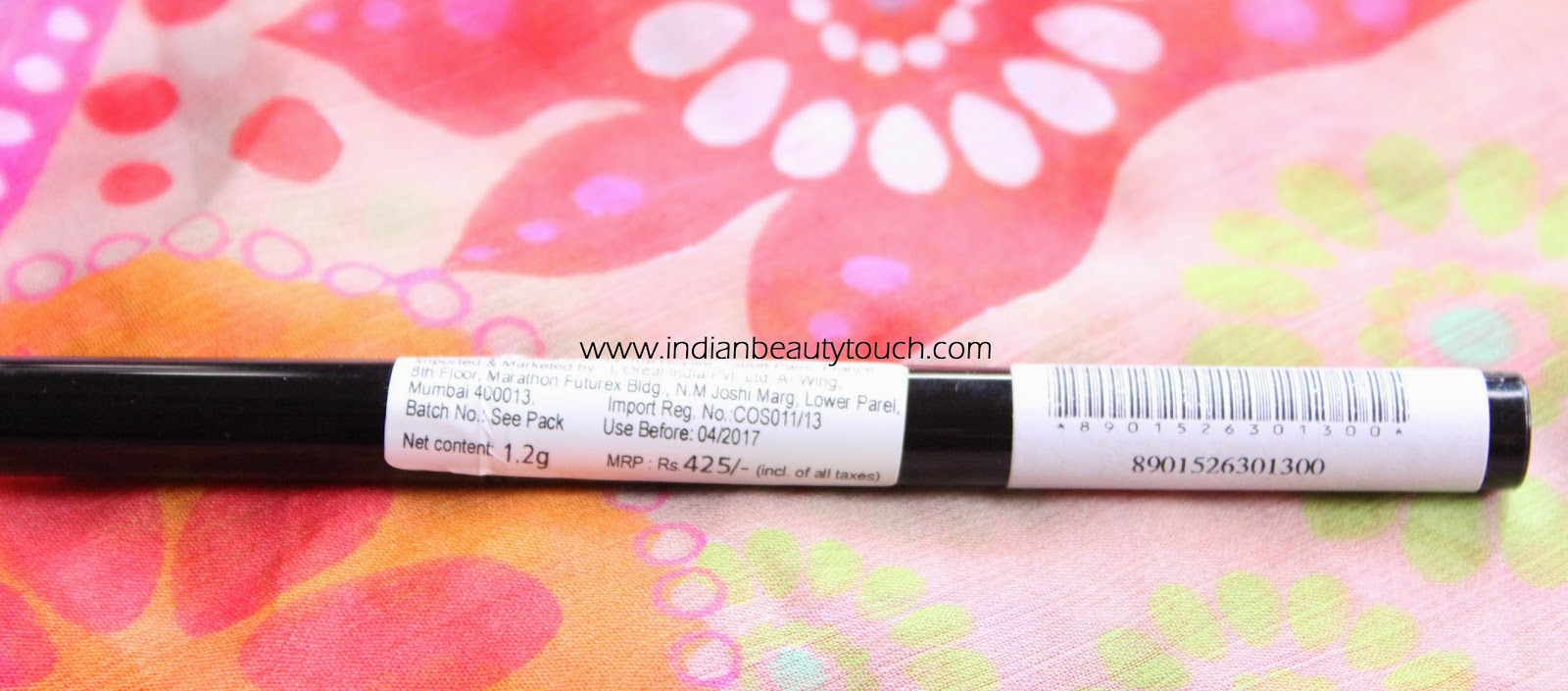 Maybelline The colossal Liner review and Swatches, maybelline india, Maybelline The colossal Liner review india, mayeblline kajal , affordable kajal in india, felt tip eyeliner in india, maybelline felt tip eyeliner review, Affordable makeup products in india, Maybelline The colossal kajal review and Swatches