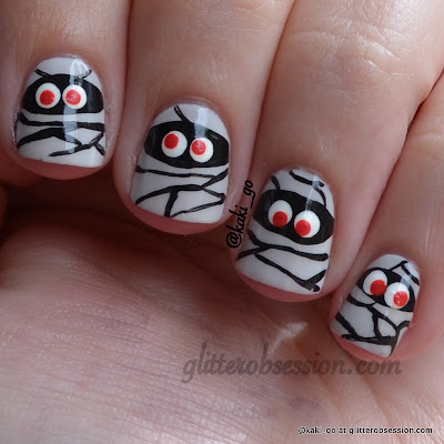 Halloween nail art, mummy nail art