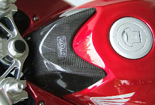 Carbon Tank Cover - Mods Part for CBR250R