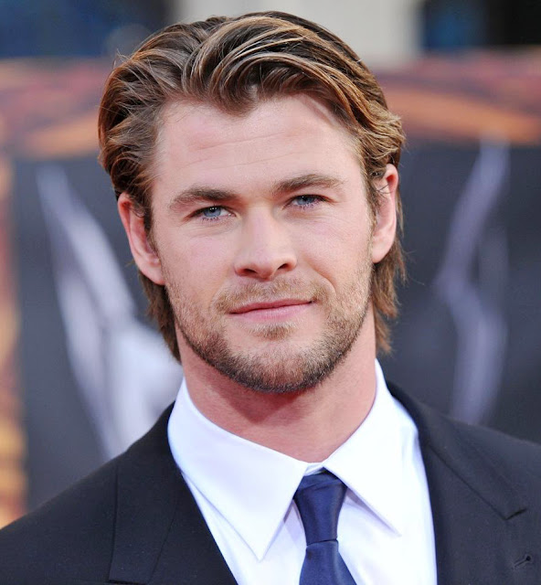 Are Chris Hemsworth Eyes Really Blue And the man can rock the long