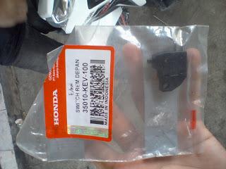 Switch Lampu Rem Honda Rp.15000