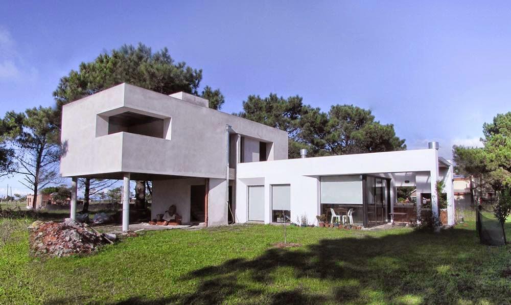 gradúa como arquitecto en la Universidad Nacional de Mar del Plata en ...