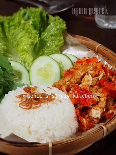 resep ayam geprek Jogja ala Monic