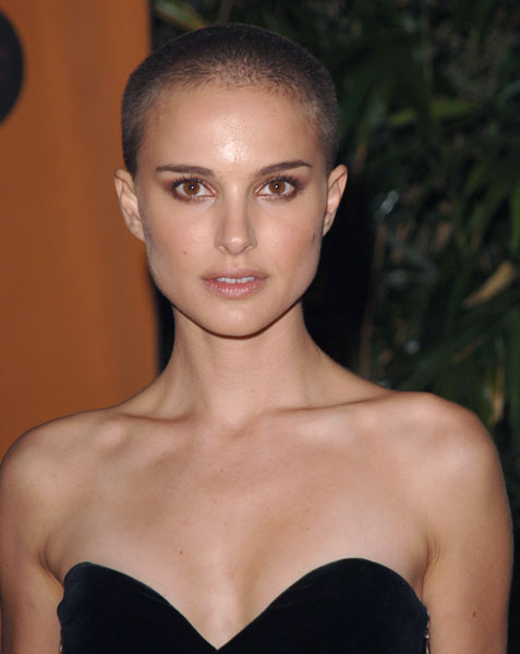 Natalie Portman is bald but still beautiful. Bald Natalie Portman