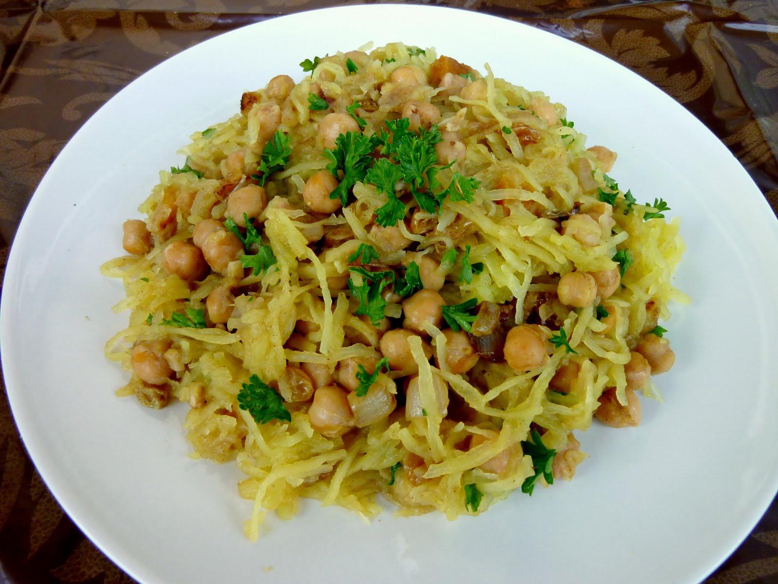 Vanilla & Spice: Moroccan-Spiced Spaghetti Squash with Chickpeas